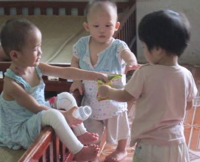 Chùm ảnh: Cuộc sống mới của bé Tâm Anh chùa Bồ Đề - 5