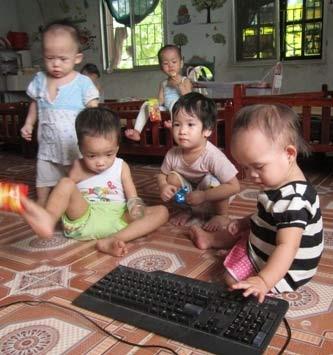 Chùm ảnh: Cuộc sống mới của bé Tâm Anh chùa Bồ Đề - 8