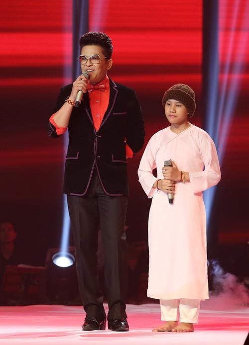 Sốc với những nghi vấn về cô bé quy y hát nhạc Trịnh - 2