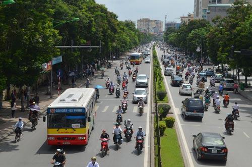 Sau nghỉ lễ 2/9, HN cấm ô tô tuyến Xuân Thủy-Cầu Giấy - 2