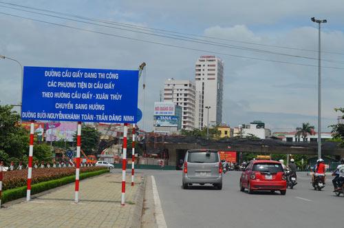 Sau nghỉ lễ 2/9, HN cấm ô tô tuyến Xuân Thủy-Cầu Giấy - 1
