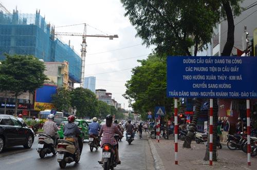 Sau nghỉ lễ 2/9, HN cấm ô tô tuyến Xuân Thủy-Cầu Giấy - 7