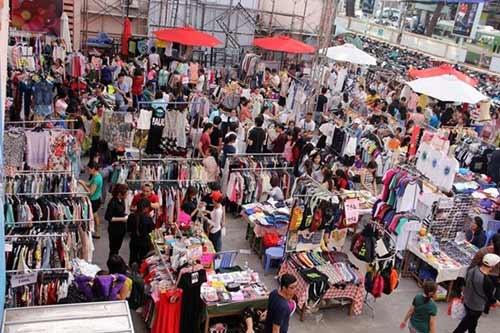 Những chợ phiên độc đáo ở Sài Gòn - 3