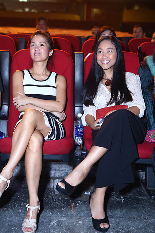 Hồng Nhung, Đoan Trang quyến rũ trong sắc đen trắng - 5