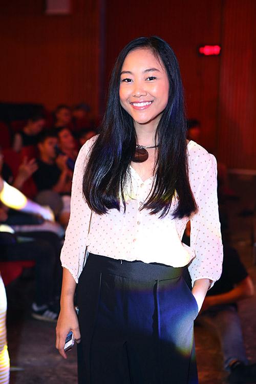 Hồng Nhung, Đoan Trang quyến rũ trong sắc đen trắng - 4