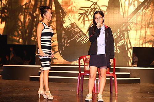 Hồng Nhung, Đoan Trang quyến rũ trong sắc đen trắng - 8