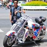 Ô tô - Xe máy - Đại gia Công mô tô và cách chơi xe khét tiếng