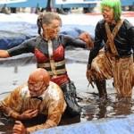 """Phi thường - kỳ quặc - Kinh dị cuộc thi đấu vật """"bẩn nhất thế giới"""" 2014"""