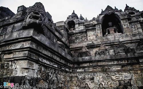Đền thờ Phật giáo lớn nhất thế giới tại Indonesia - 12