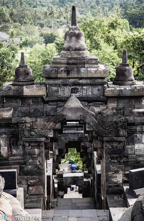 Đền thờ Phật giáo lớn nhất thế giới tại Indonesia - 15