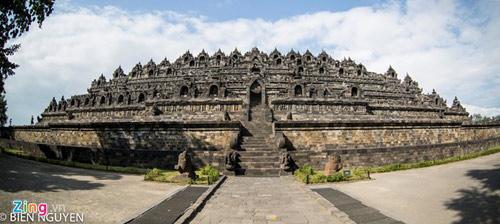 Đền thờ Phật giáo lớn nhất thế giới tại Indonesia - 1