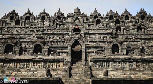 Đền thờ Phật giáo lớn nhất thế giới tại Indonesia - 3