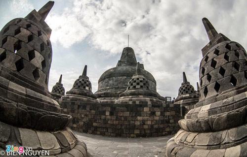 Đền thờ Phật giáo lớn nhất thế giới tại Indonesia - 7