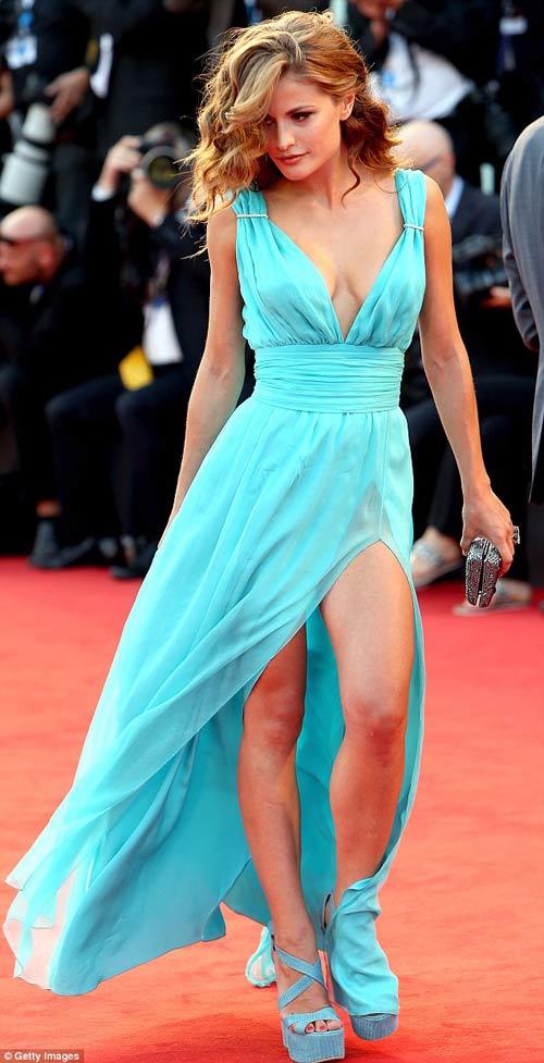 Triệu Vy, Emma Stone nổi bật tại LHP Venice - 14