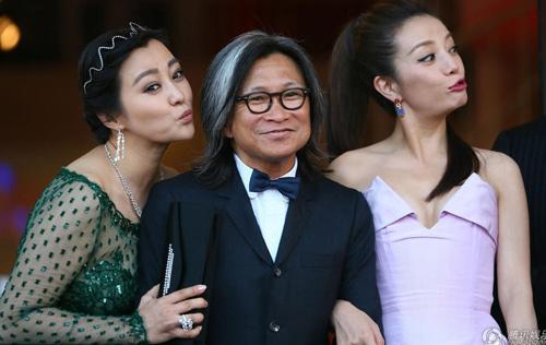 Triệu Vy, Emma Stone nổi bật tại LHP Venice - 7