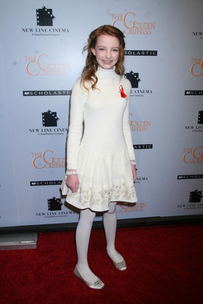 Dakota Blue Richards sinh năm 1994 và là một diễn viên nhí nổi tiếng từ năm 13 tuổi.