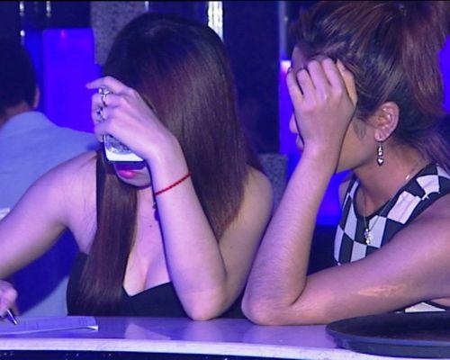 Những cạm bẫy trong vũ trường, quán bar Sài Gòn - 2