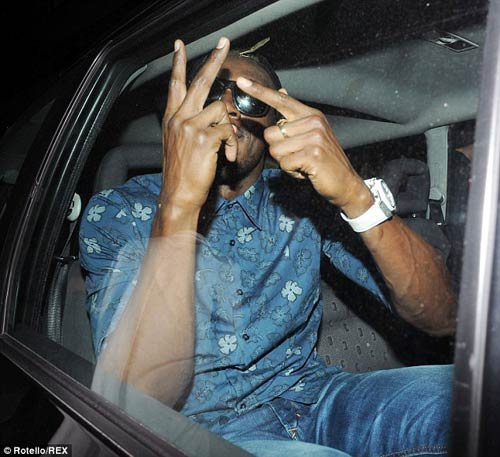 Usain Bolt ăn chơi thả phanh tại London - 6