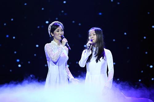 Dàn mỹ nhân Việt duyên dáng hát vì hòa bình - 6