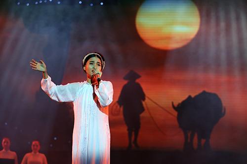 Dàn mỹ nhân Việt duyên dáng hát vì hòa bình - 8