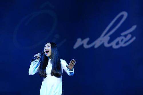 Dàn mỹ nhân Việt duyên dáng hát vì hòa bình - 7