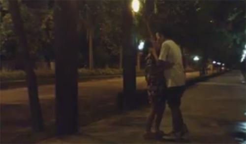 Con gái Thanh Lam khoe clip hôn bạn trai kiểu Hàn - 1