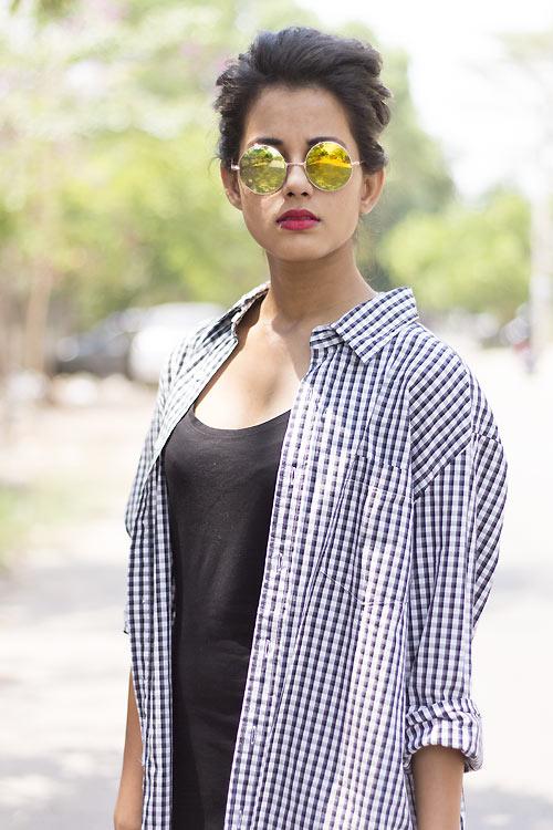 Thiếu nữ Ấn Độ nổi tiếng thế giới nhờ mặc đẹp - 4