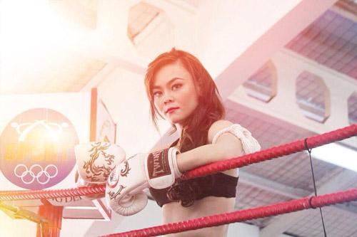 """""""Hot girl"""" Kim Ngân mê Muay Thái - 1"""