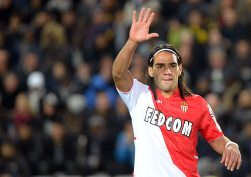 Arsenal quyết tranh Falcao với Real - 1