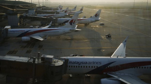 Malaysia Airlines cắt giảm 6000 nhân viên sau 2 thảm họa - 1