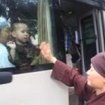 Tiếp tục đưa 12 trẻ, người già chùa Bồ Đề về nơi ở mới