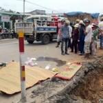 Tin tức trong ngày - Về gần đến nhà, hai mẹ con bị xe tải cán chết
