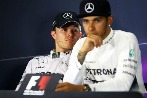 Tin HOT 30/8: Mercedes trì hoãn gia hạn HĐ với Hamilton - 1