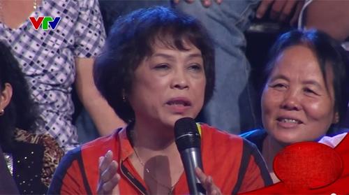 Mẹ con NS Thanh Hoa gây tranh cãi khi hát trên truyền hình - 3