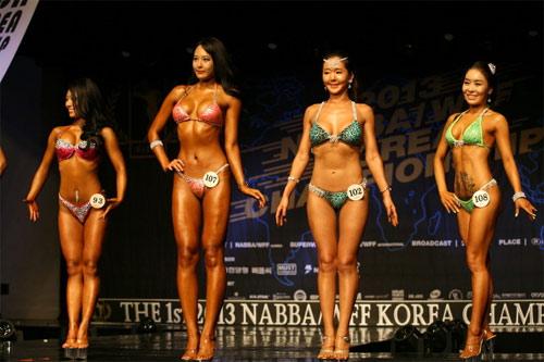 Hàn Quốc: Mỹ nhân cơ bắp sẽ hạ gục người đẹp dao kéo? - 3