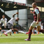 Bóng đá Ngoại hạng Anh - Ashley Young và 2 pha mất 11m gây tranh cãi