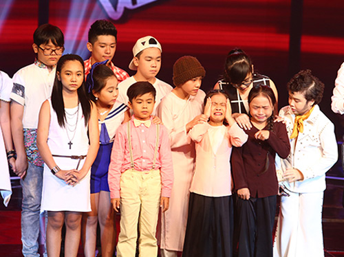"""Hoàng Anh """"tóc xù"""" bùng nổ tại The Voice Kids - 11"""