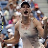 Wozniacki hạ Sharapova nhờ tập marathon