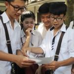 Giáo dục - du học - Năm học mới: Hoang mang vì… không chấm điểm, rối bời với thi chung