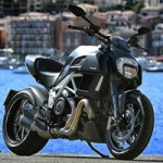 Ô tô - Xe máy - Ducati Diavel 2015: Niềm khao khát của dân mê tốc độ