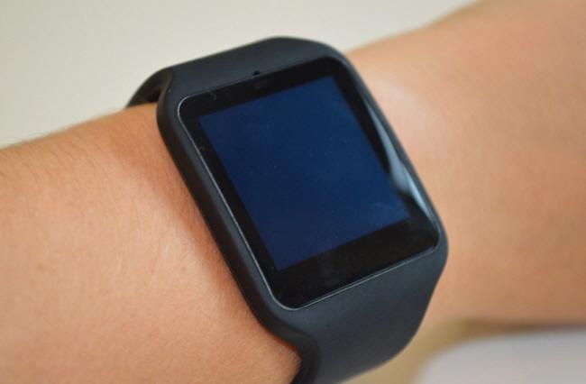 Màn hình SmartWatch 3 có kích thước 1,6-inch.