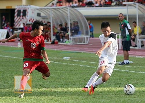 """U19 VN có Quang Hải thử sức """"Messi của U19 Úc"""" - 2"""