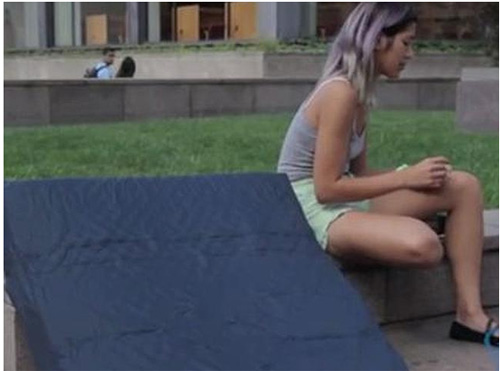 Nữ sinh bê đệm khắp trường tố cáo kẻ cưỡng hiếp - 4
