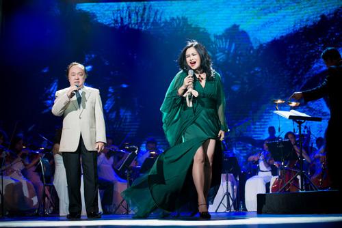 Thanh Lam tỏa sáng khi song ca cùng bố chồng cũ - 1