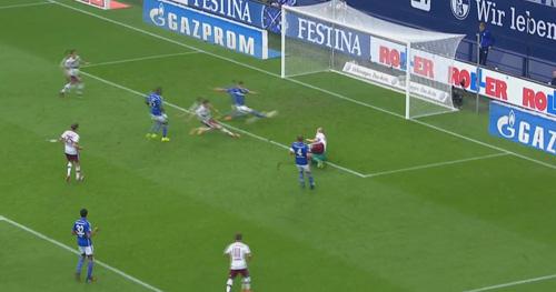 Lewandowski ghi bàn tinh tế top 5 Vòng 2 Bundesliga - 1