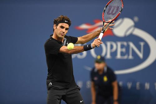 Monfils phản đòn biến ảo, Federer bất lực đứng nhìn - 1