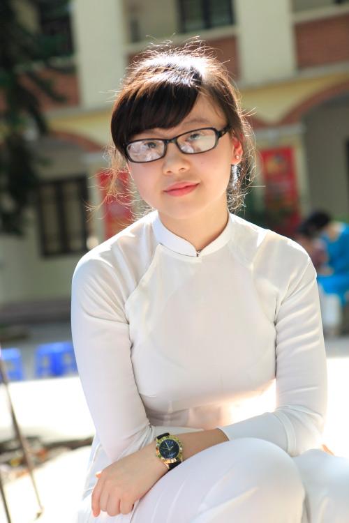 Nữ sinh Hà Nội rạng rỡ ngày tựu trường - 14