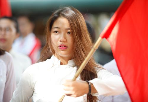 Nữ sinh Hà Nội rạng rỡ ngày tựu trường - 16
