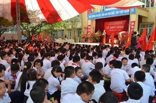 Xúc động lễ khai giảng của học sinh khiếm thị Hà Nội - 3