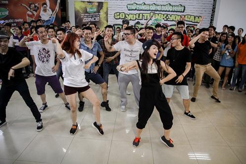 Cháu trai họa sĩ Tô Ngọc Vân mang guốc mộc đi thi nhảy - 9
